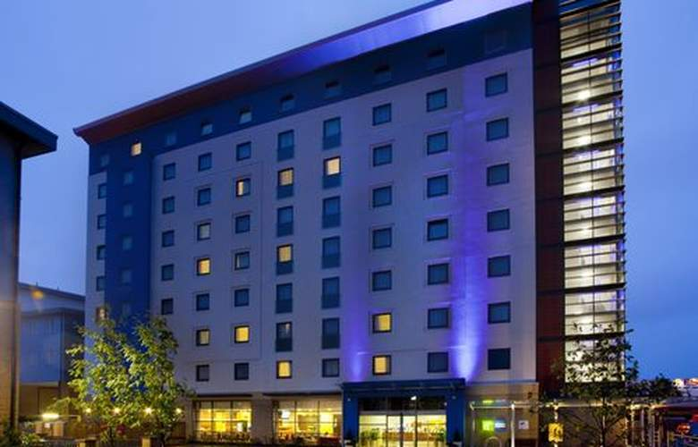 Holiday Inn Express Slough - Hotel - 0