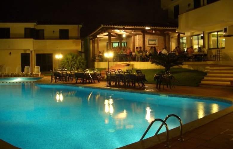 La Ciaccia - Pool - 2