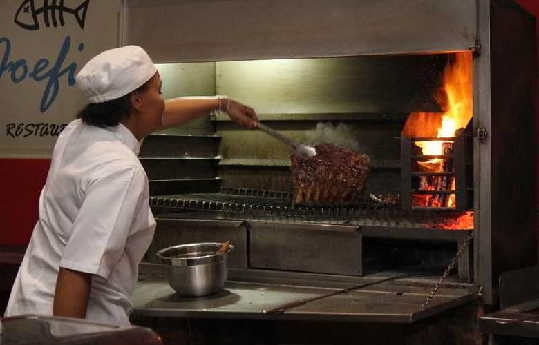 Cape St Francis Resort - Restaurant - 33