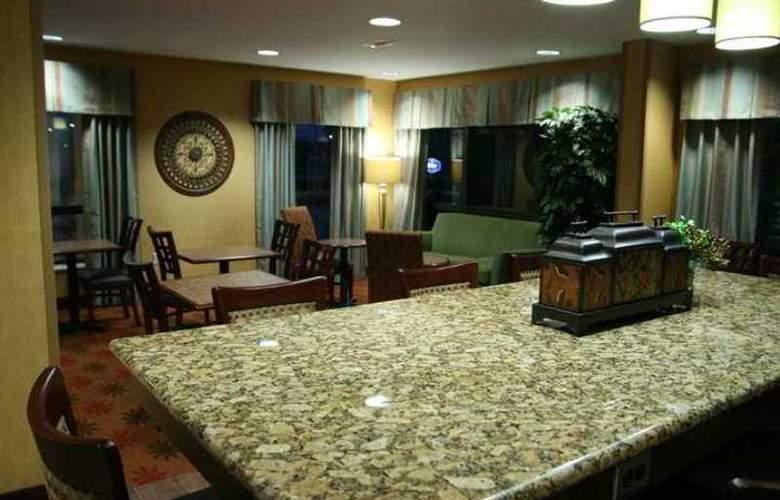 Hampton Inn Houston-The Woodlands - Hotel - 1