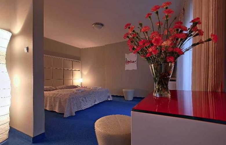 Villa Sentoza - Room - 3