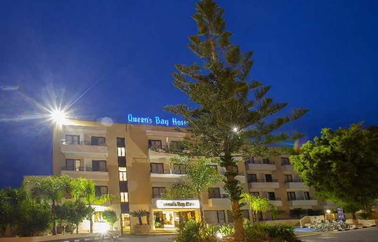 Queen's Bay - Hotel - 11