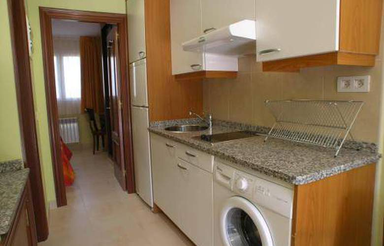 Apartamentos Playa de Toró - Room - 4