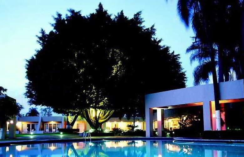 Camino Real Guadalajara - Pool - 5