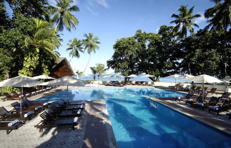 Berjaya Beau Vallon Bay Beach Resort and Casino - Pool - 3