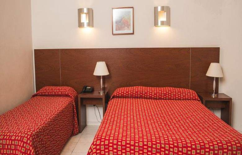 Merit Gran Hotel Victoria - Room - 8