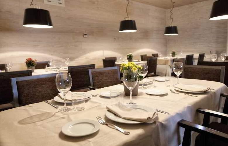 Los Lagos Nature - Restaurant - 16