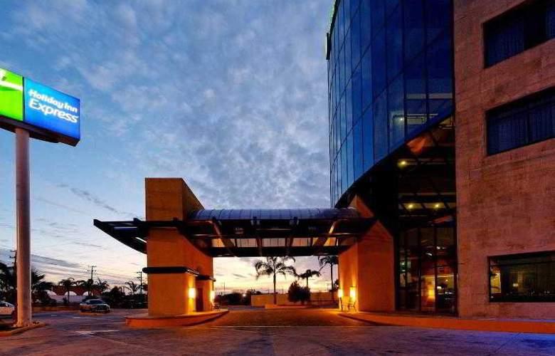 City Express Nuevo Laredo - Hotel - 10
