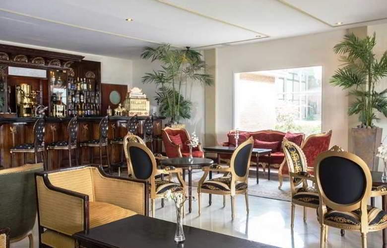 Unique Luxury Patagonia - Bar - 29