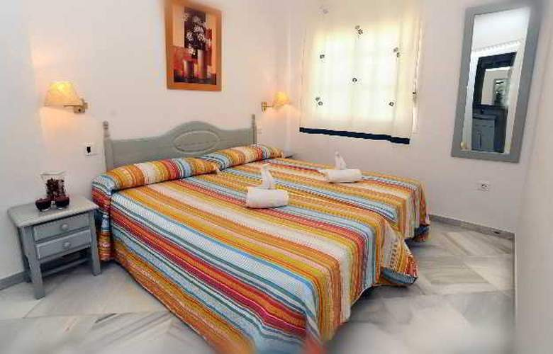 Leo Varios Islantilla - Room - 3