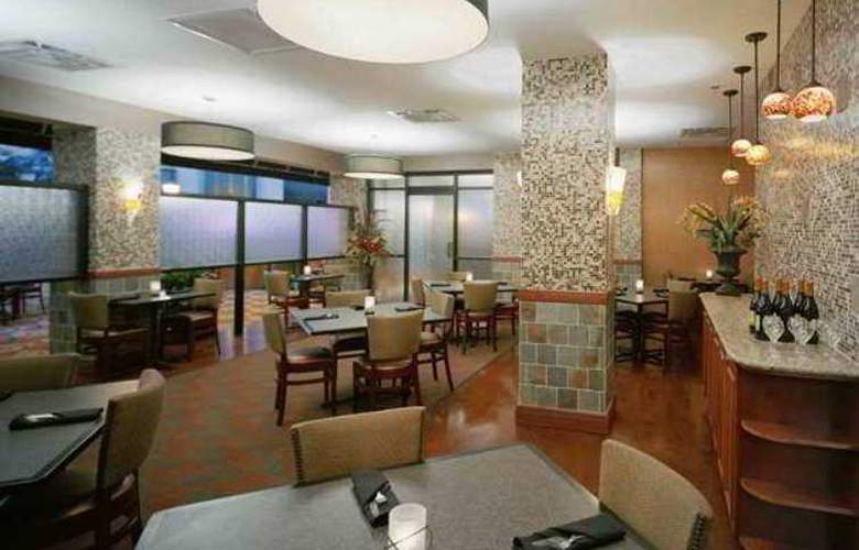 Embassy Suites Austin - Downtown/Town Lake - Hotel - 8