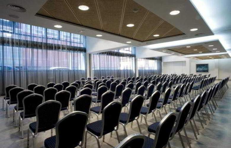 Ultonia - Conference - 4