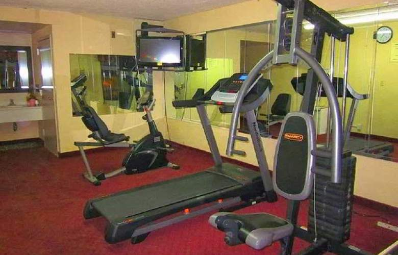 Comfort Inn University - Sport - 2