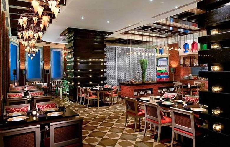 Sofitel Hotel Mumbai - Restaurant - 36