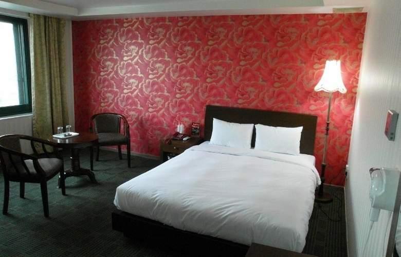 New Hilltop Hotel - Room - 2
