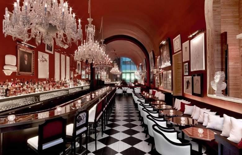 Baccarat New York - Bar - 4