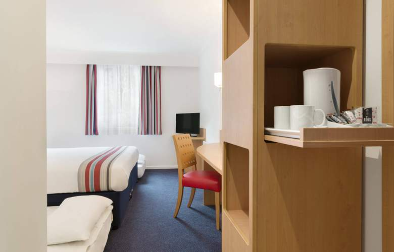 Ramada by Wyndham Wakefield - Room - 4