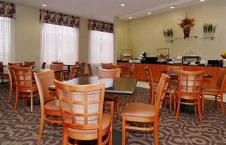 Comfort Inn DFW North - Restaurant - 5