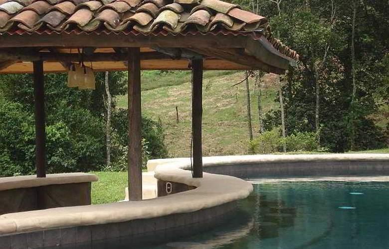 Mountain Paradise - Pool - 9