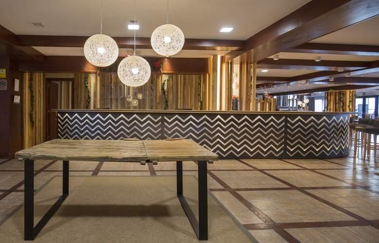 Stay Hotel Faro Centro - General - 1