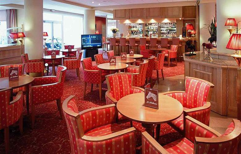 Mercure Royal Fontainebleau - Bar - 40