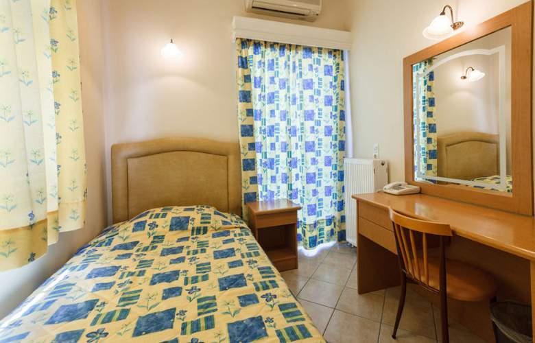 Epidavria - Room - 5
