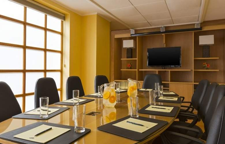 Four Points by Sheraton Santiago - Conference - 14
