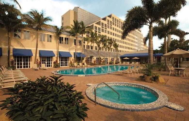 Hilton Deerfield Beach- Boca Raton - Pool - 0