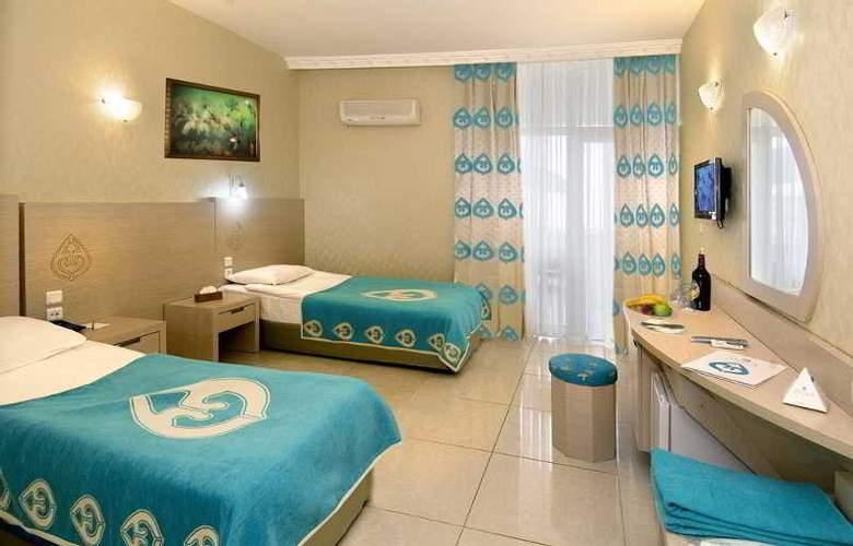 Daima Biz Hotel - Room - 11