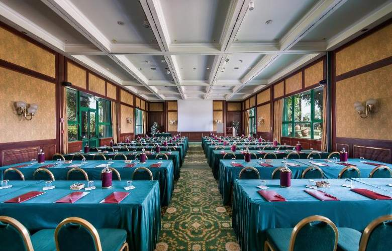 Royal Garden Hotel - Conference - 9