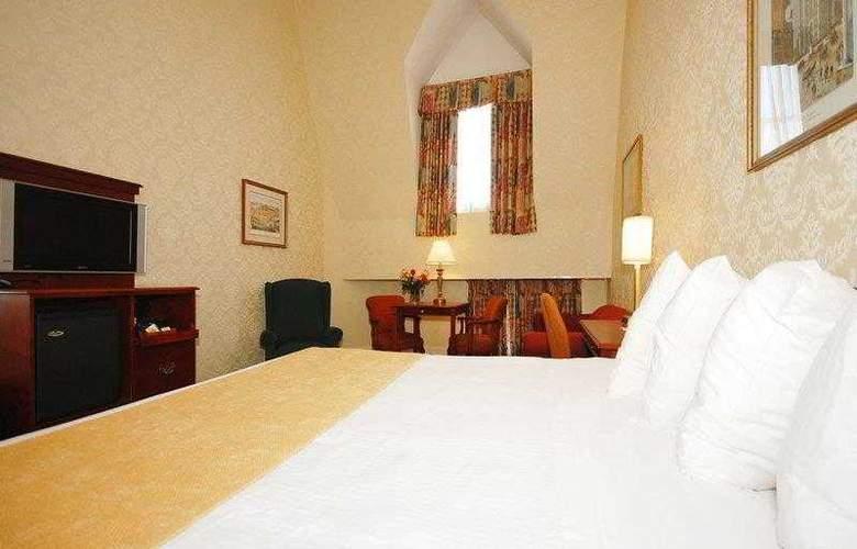 Best Western Plus Seaport Inn Downtown - Hotel - 10