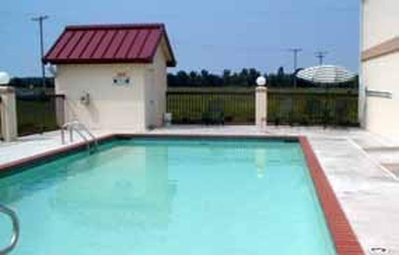 Comfort Inn (Pine Bluff) - Pool - 4