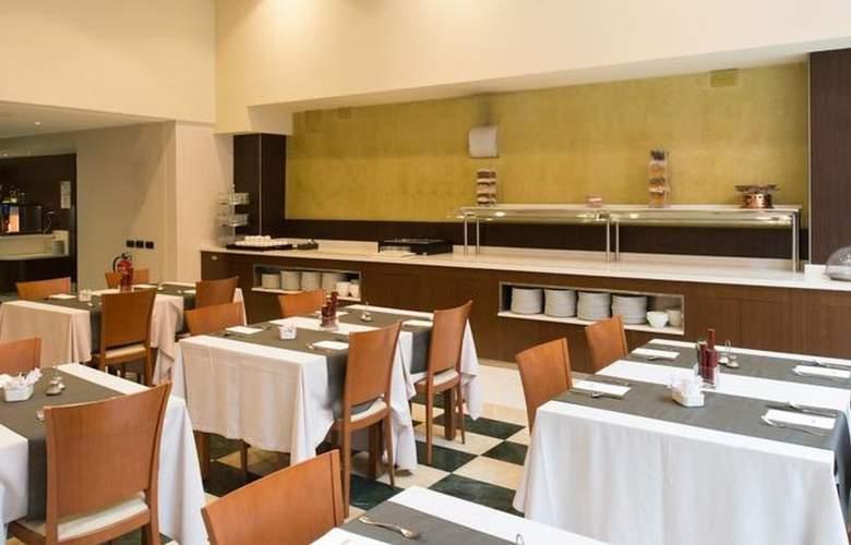 Catalonia Sagrada Familia - Restaurant - 4