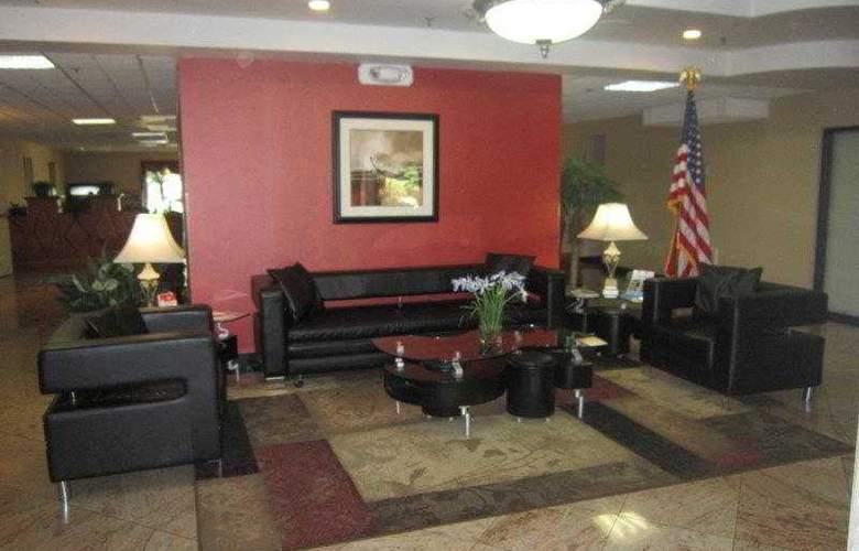 Best Western Southside Hotel & Suites - Hotel - 13