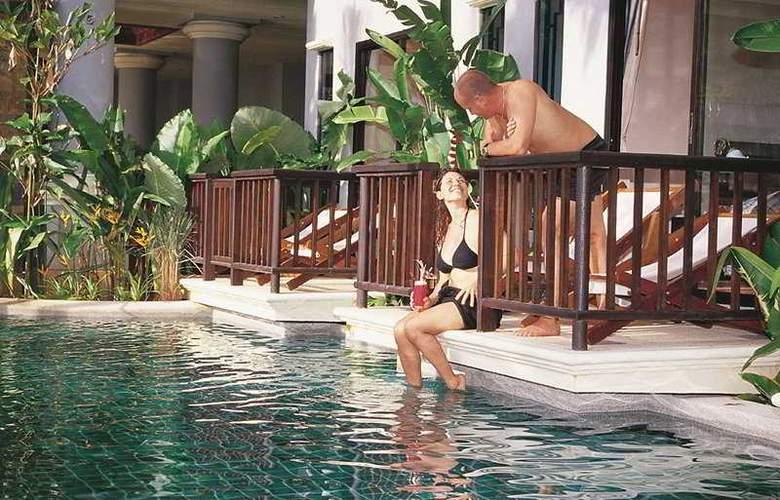 Front Village Phuket - Pool - 9