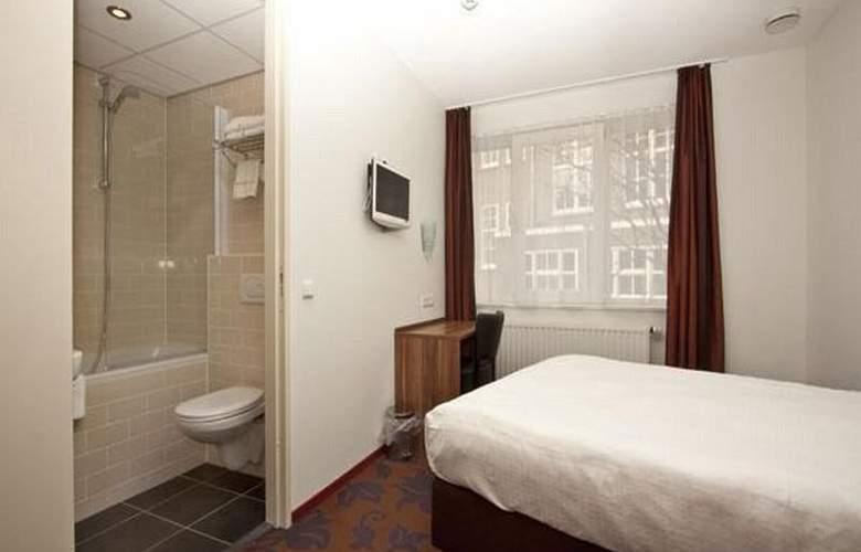 BRONCKHORST - Room - 6
