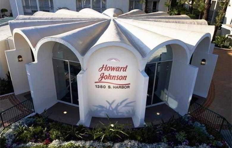 Howard Johnson - Hotel - 0