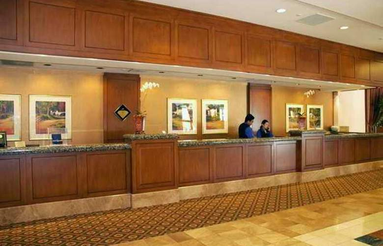 Hilton Los Angeles North/Glendale & Executive - Hotel - 7
