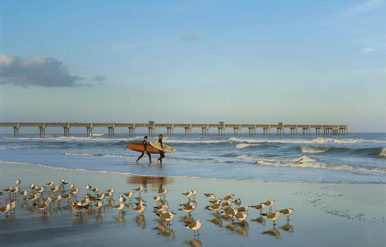 Best Western Oceanfront - Beach - 70