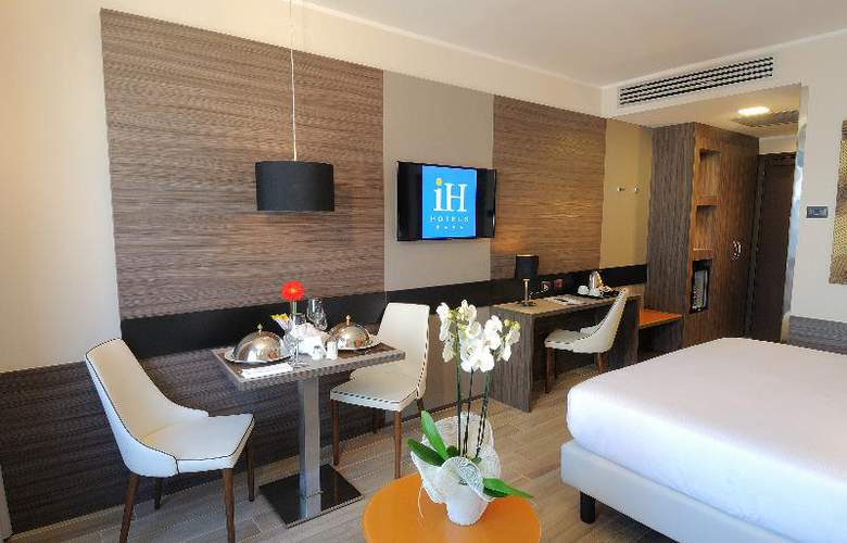 iH Hotels Milano Lorenteggio - Room - 2