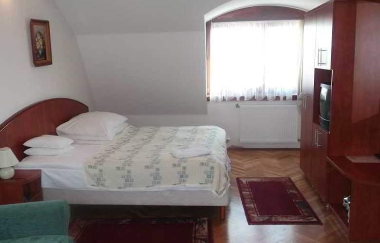 Helios Panzio - Room - 3