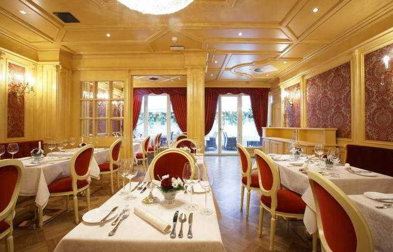 Best Western Premier Royal Palace - Restaurant - 8