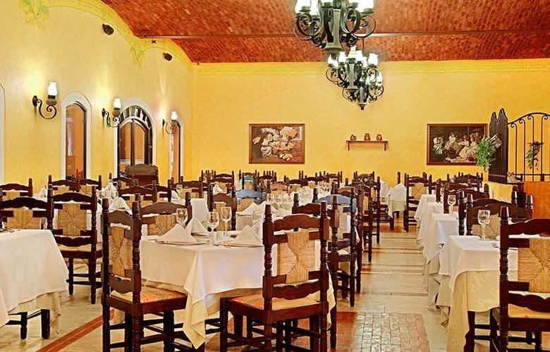 Occidental Cozumel - Restaurant - 16
