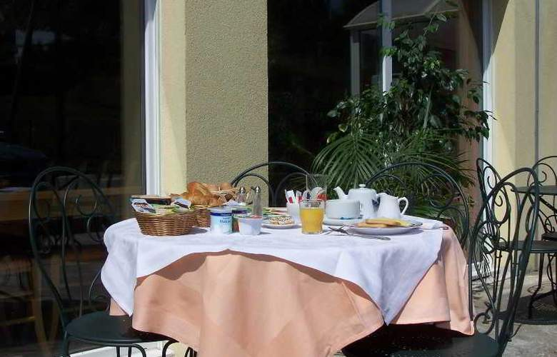INTER-HOTEL De La Thalie - Terrace - 1