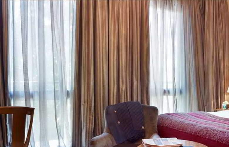 Carlton Baglioni - Room - 10