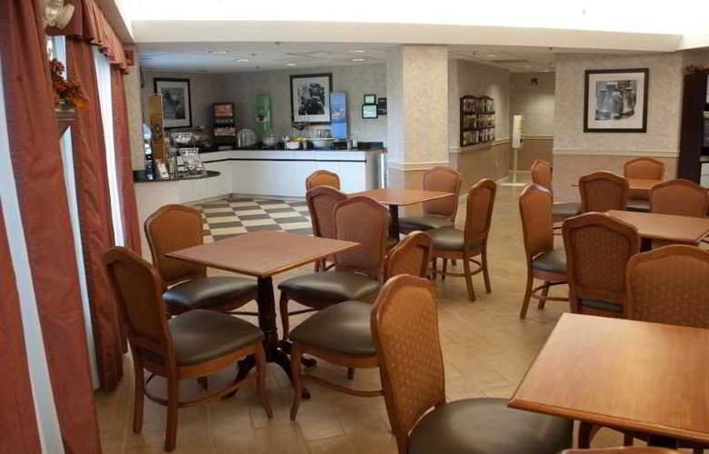 Hampton Inn Carlisle - Restaurant - 7
