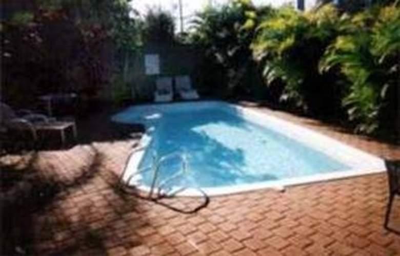 Comfort Inn Lake Macquarie - Pool - 3
