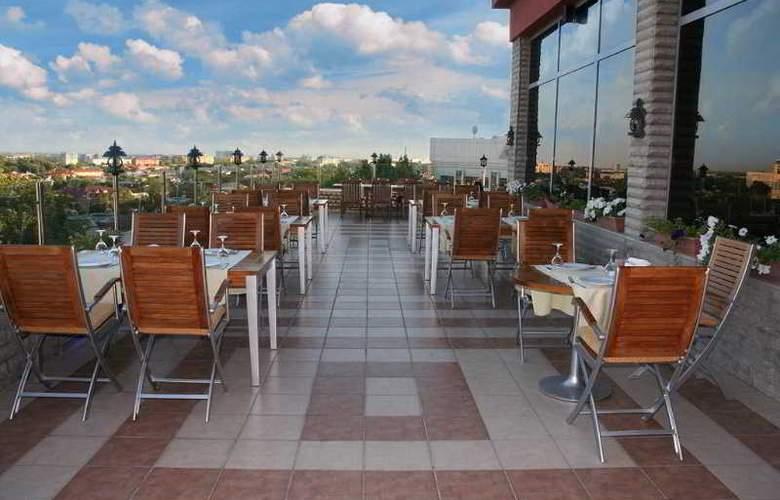 Grand Mir - Terrace - 9