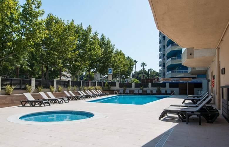 California Apartamentos - Pool - 2