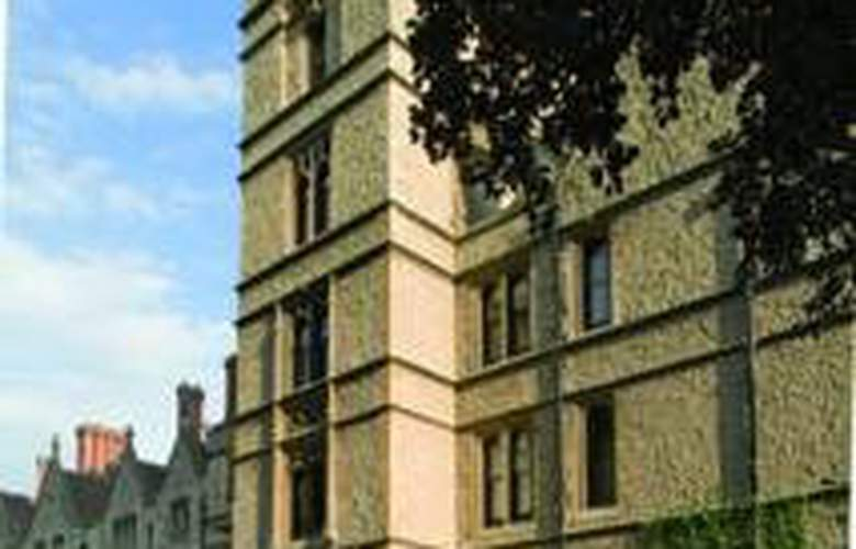 Nutfield Priory Hotel & Spa - General - 2